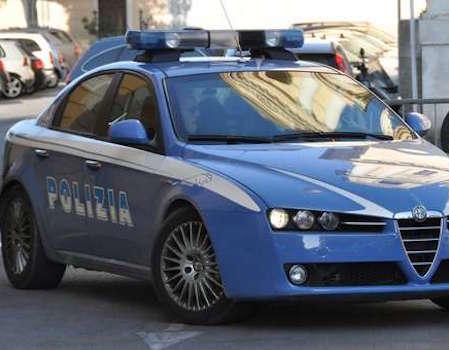 Siracusa, la polizia denuncia due cittadini extracomunitari