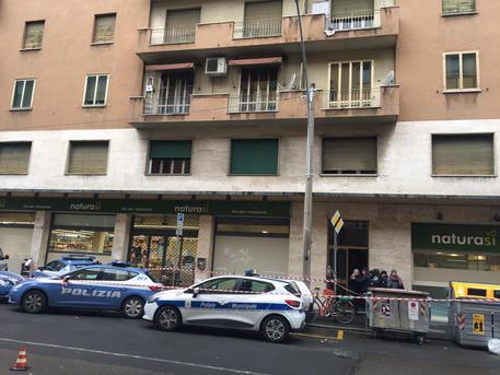 Bologna, novantenne uccide la moglie e si suicida