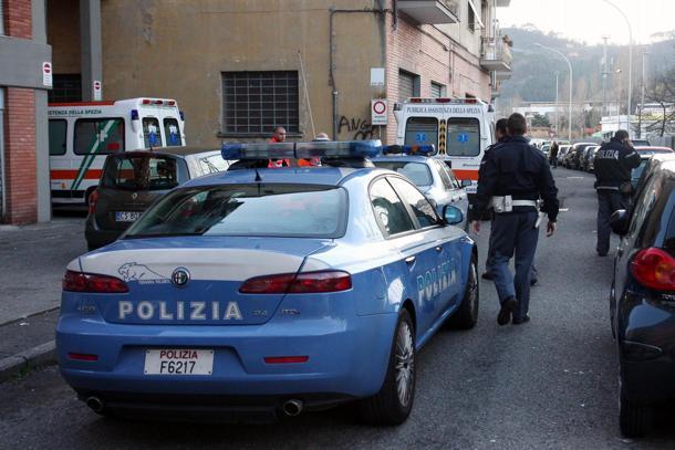 Catania, va all'appuntamento col coltello ed investe l'amico con l'auto: denunciato
