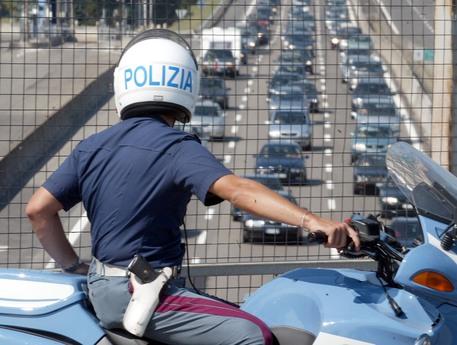 Migranti in protesta a Benevento per avere la cittadinanza