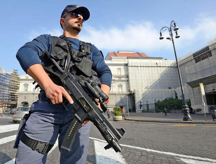 Misure antiterrorismo in Albis a Sant'Anastasia: pellegrinaggio fujenti blindato