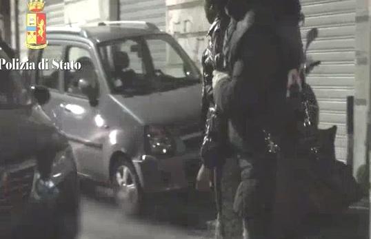 """Catania, nigeriane costrette a """"battere"""" in strada:  6 arresti"""