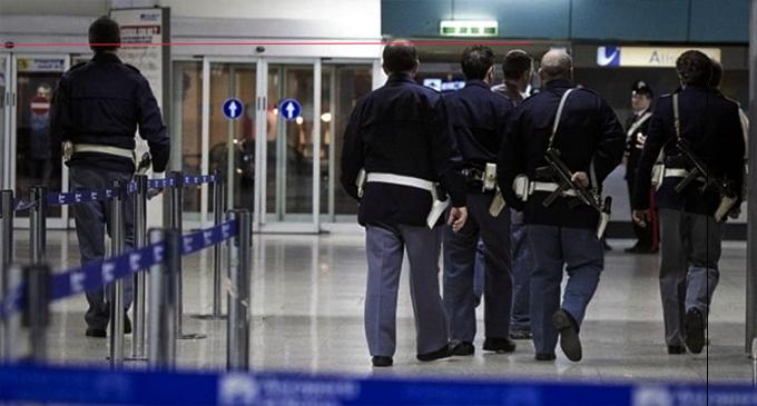 Già condannato tenta di fuggire, bloccato all'aeroporto di Catania