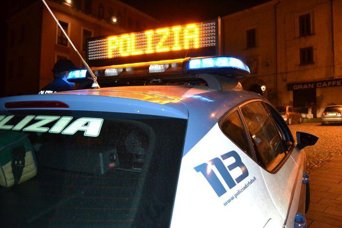 Polizia spara in aria a Napoli, la gente di Porticelli protesta