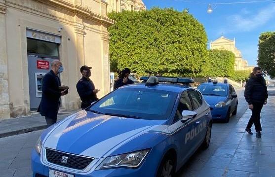 Noto, controlli anti Covid della Polizia nel week end: sanzionate 16 persone