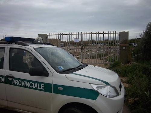 Smaltimento di rifiuti speciali, sequestrata un'area a Siracusa