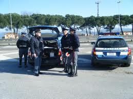 Avola. evade dagli arresti domiciliari ma i poliziotti lo scoprono