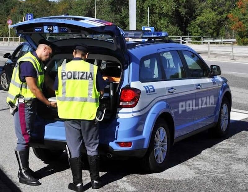 Incidenti stradali: scontro auto-moto sulla statale 18 a San Lucido, un ferito