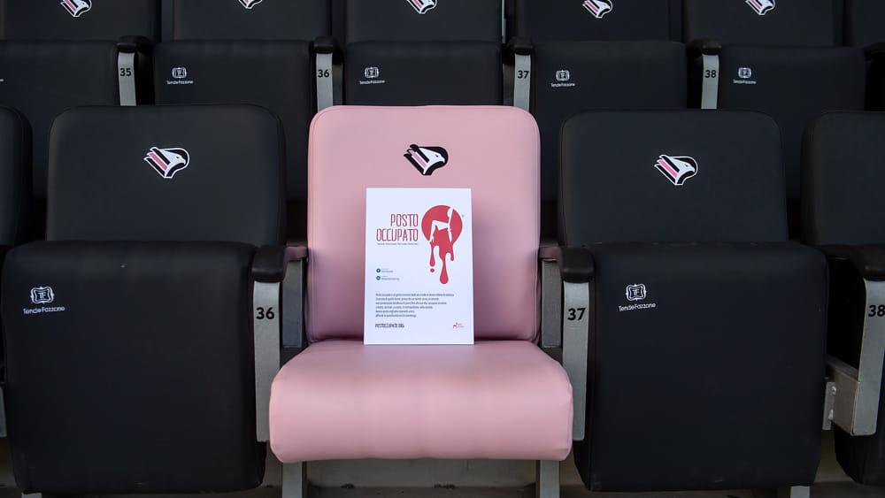 Palermo Calcio contro la violenza sulle donne: allo stadio 93 posti 'occupati'
