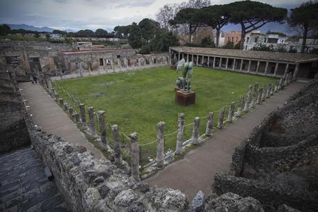 Furto negli Scavi di Pompei: portata via una borchia in bronzo
