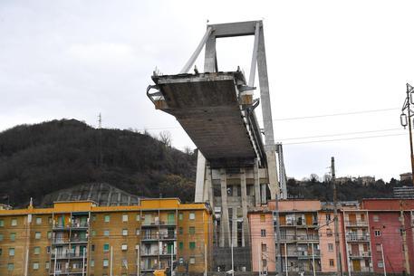 Presidio dei 'gilet arancioni' per il ponte Morandi a Genova