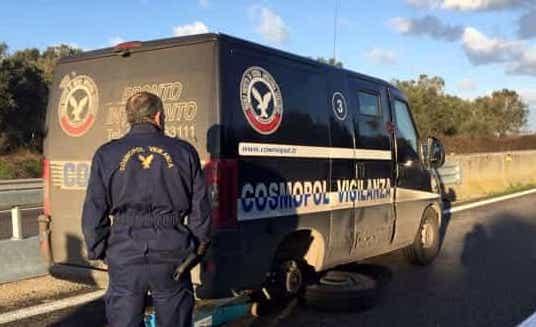 Fallito assalto a un portavalori sulla Brindisi - Lecce
