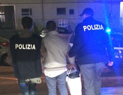 Arrestato un presunto pedofilo di Pozzallo, adescava ragazzine di 14 anni