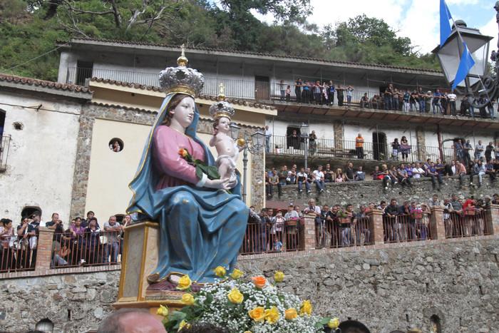Foglio di via per 4 portatori della Madonna di Polsi: sono di Bagnara