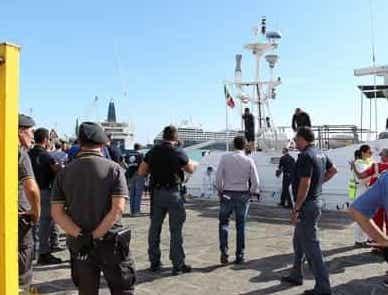 Nuovi arrivi di migranti a Porto Empedocle e Trapani