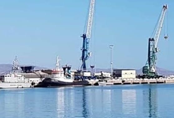 Mercantile sbarca 78 migranti a Porto Empedocle