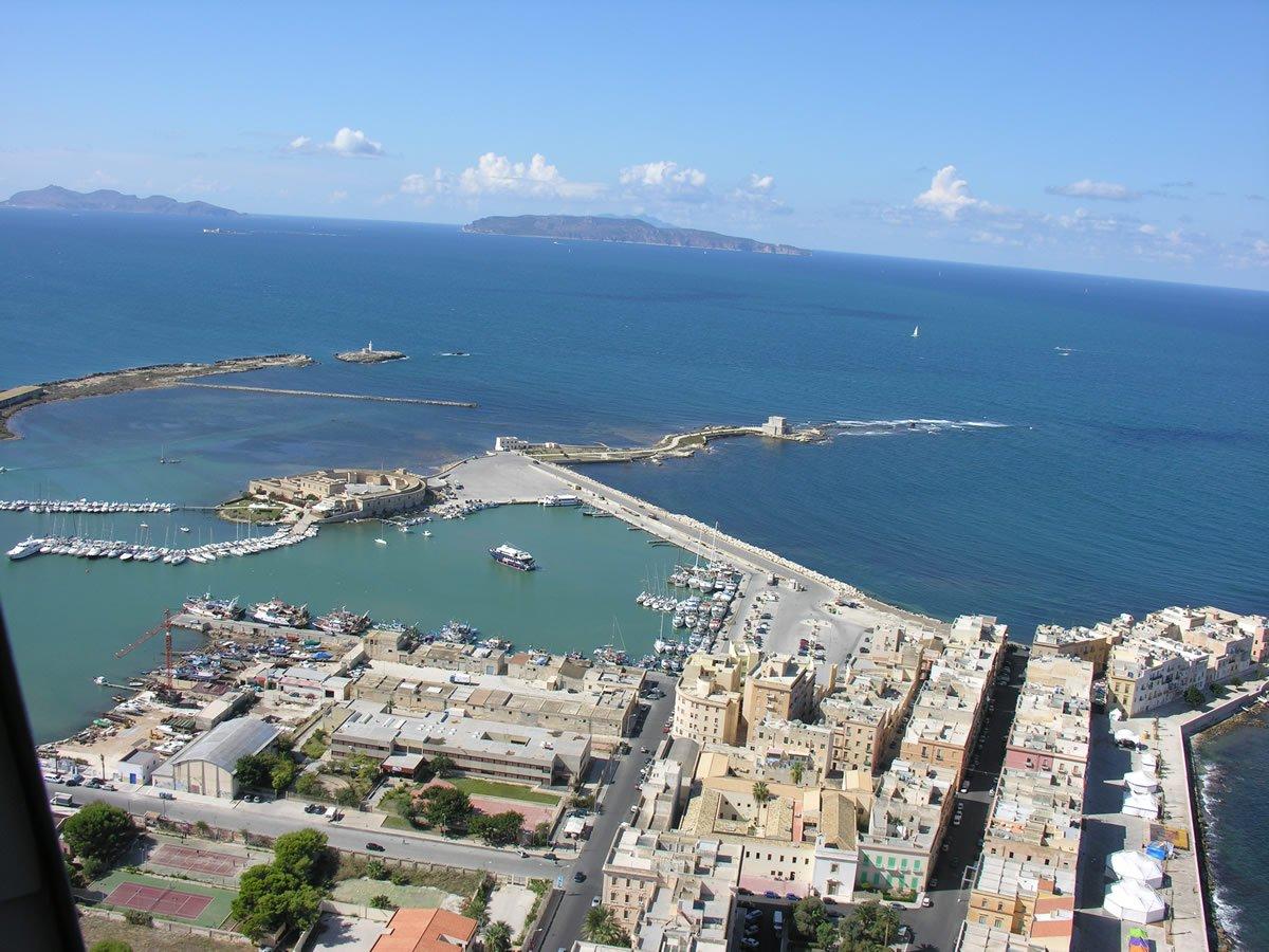 Porto di Trapani, incontro al Mit con sindacati e armatori