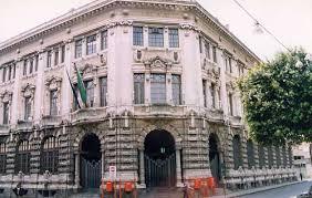 Colto da malore dopo un furto sul boss a Catania: metronotte lo salva