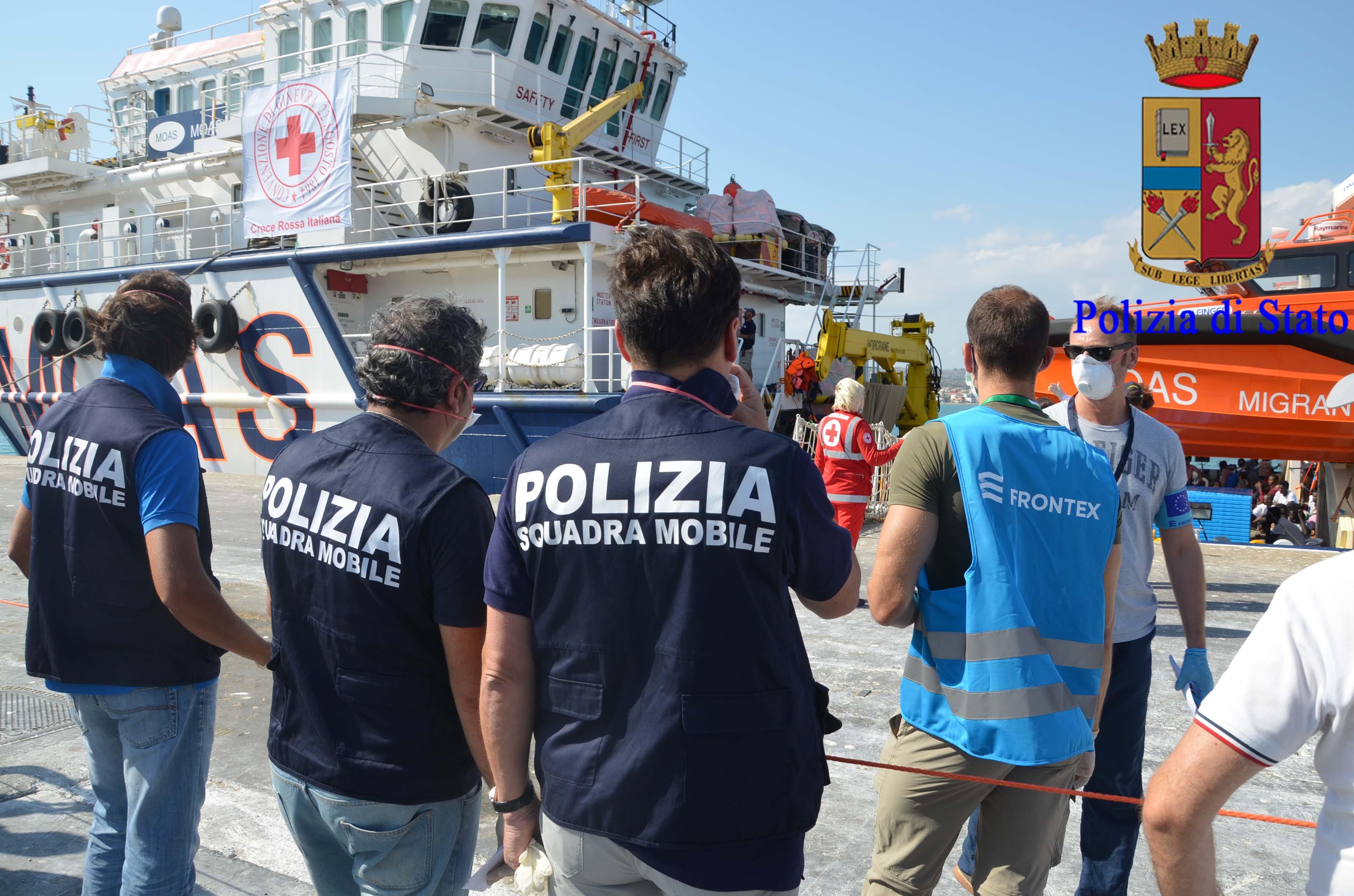 """Migranti, il Siulp di Ragusa: """"Non siamo esperti nell'accoglienza"""""""