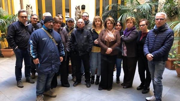 """Catania, lavoratori precari del """"Bellini"""" occupano il teatro"""