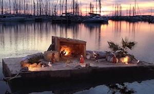 Inaugurato a Marina di Ragusa il Presepe galleggiante