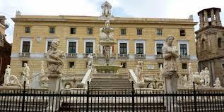 Aumentano gli assessori nei Comuni siciliani: 335 poltrone in più