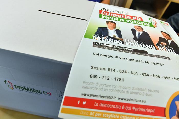 Primarie, in 10  mila gazebi si sceglie il segretario Pd