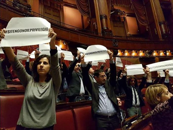 Vitalizi per i deputati neo eletti: la protesta del M5s