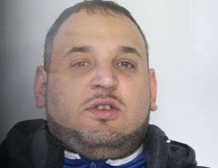 Catania, fugge con un'auto rubata: la polizia lo insegue e lo arresta