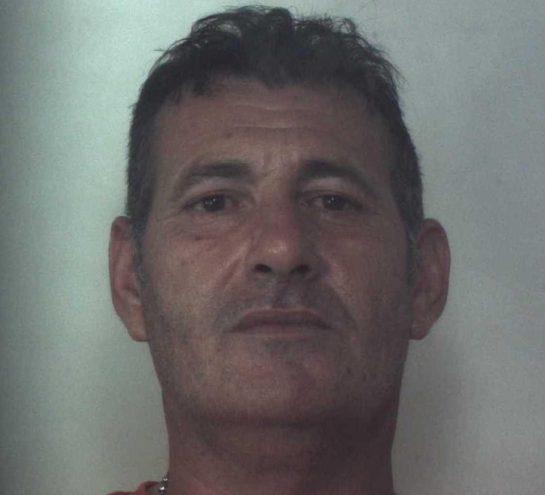 Floridia, dall'obbligo di dimora finisce agli arresti in casa