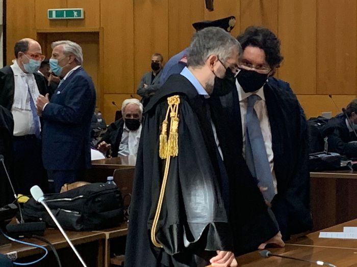 Reggio Calabria, il Pm chiede la condanna ex parlamentari Romeo e Caridi per 'ndrangheta