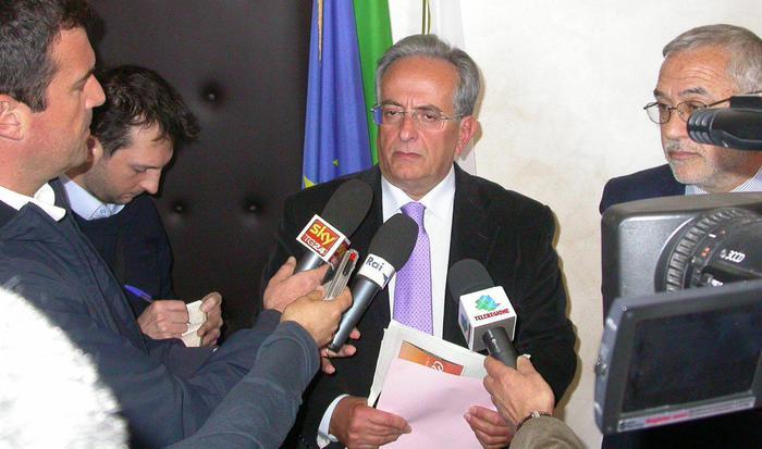 Falso complotto contro l'Eni, indagato il procuratore capo di Taranto