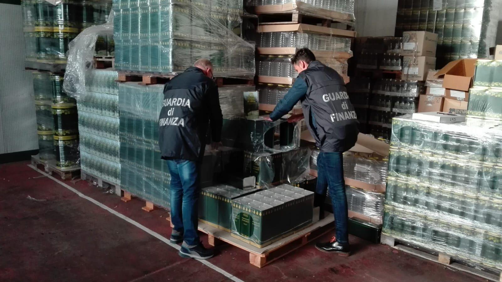 Due produttori di olio di Partanna ai domiciliari per bancarotta