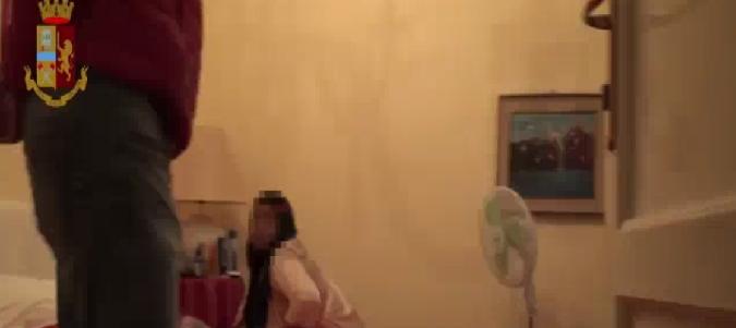 Prostituzione a Catania, subaffittavano case: scattano due arresti