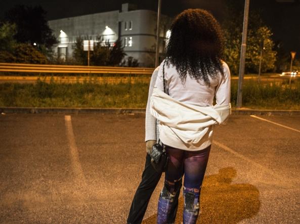 Tratta di ragazze da avviare alla prostituzione. arrestati a Brescia 3 nigeriani