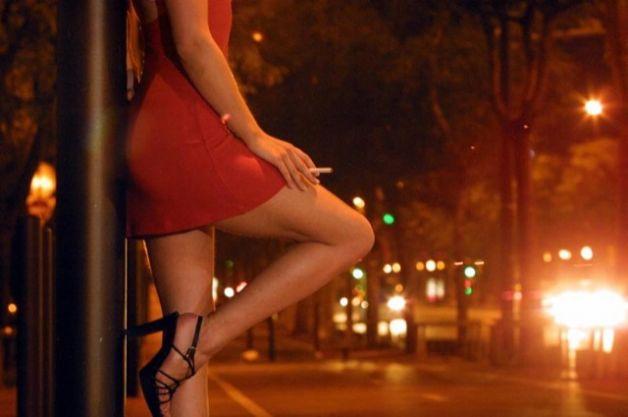 Prostituzione: nell'Ennese multe da 500 euro per lucciole e clienti