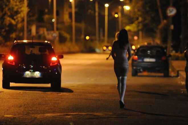 Palermo, Schiavizzata e costretta a prostituirsi dal compagno