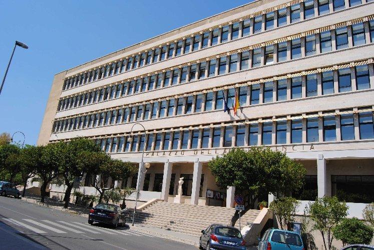Il governo siciliano proroga i commissari nelle ex Province