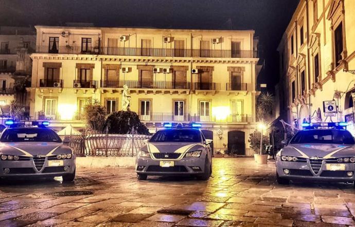 Assembramenti a Palermo, la polizia chiude tre pub