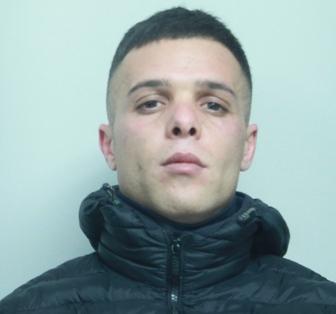 Catania, al setaccio Picanello: arrestato un presunto pusher