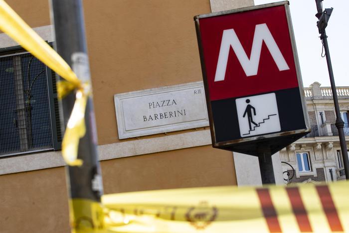 Il cedimento delle scale della Metro di Roma: 4 ordinanze di custodia cautelare