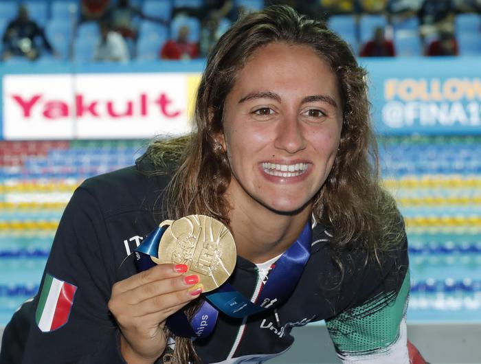 Mondiali di nuoto, Simona Quadarella conquista l'oro: bronzo per la Carraro