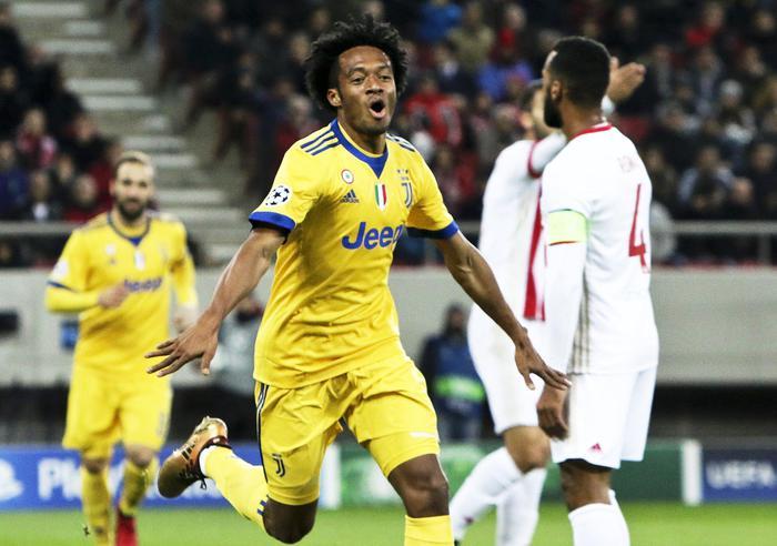 Champions League, magica serata: Juventus e Roma agli ottavi di finale