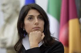 Le nomine a Roma, il pm chiede 10 mesi per Virginia Raggi