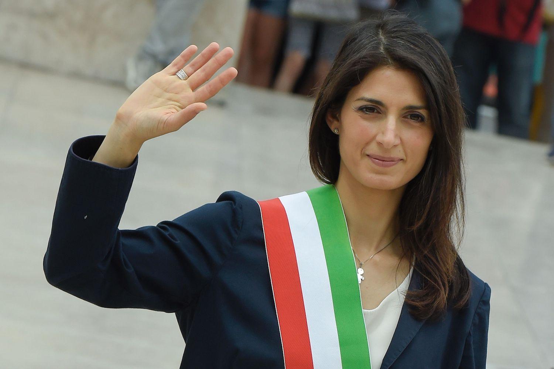 """Virginia Raggi: """"Non mi ricandido  a sindaca di Roma"""""""