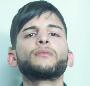 Catania, armato di spranga rapina una tabaccheria: arrestato