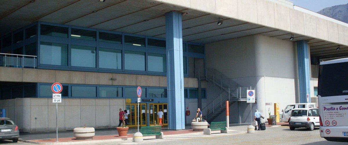Palermo Calcio, cancellato il volo per l'Emilia: partenza posticipata