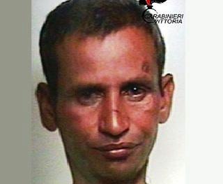 """""""Rapisce"""" bimba a Scoglitti, espulsione per l'indiano: il caso si complica"""