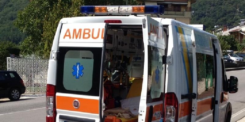 Scontro auto - trattore, un morto a Ramacca sulla Statale 288 'Di Aidone'