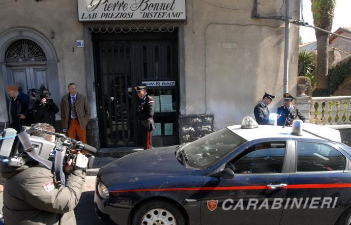 Uccise due rapinatori  a Nicolosi, chiesti 17 anni per un gioielliere